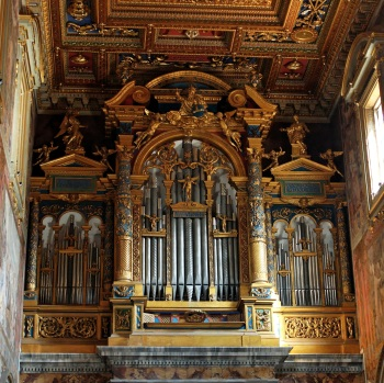Organo-San_Giovanni_in_Laterano